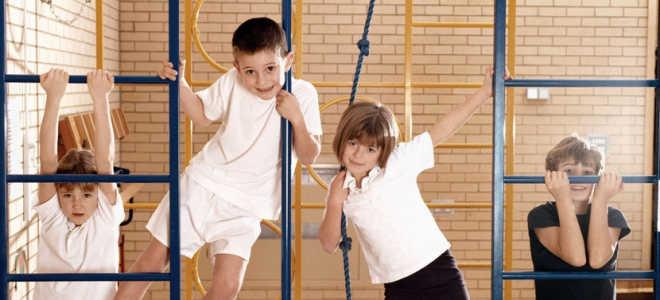 Как дети развиваются физически